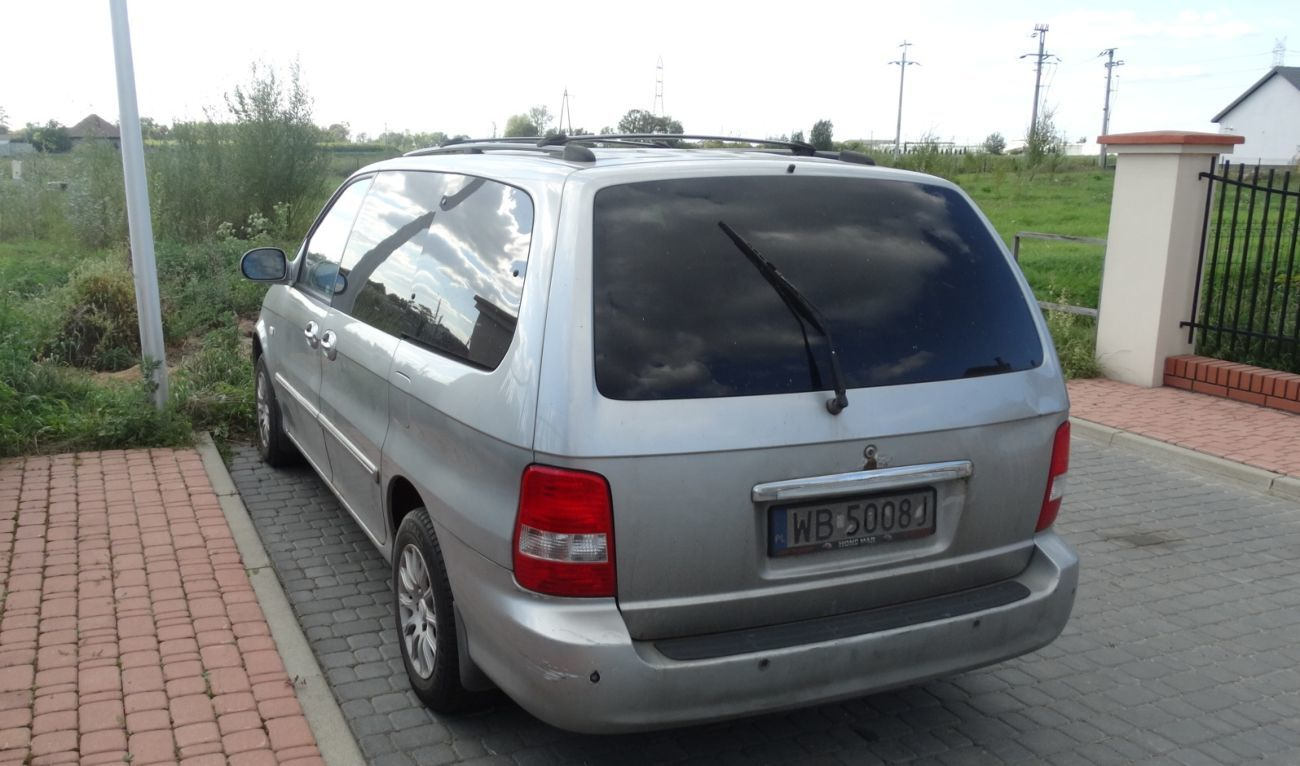Фото - Крышка багажника Kia Carniva1 (Киа Карнавал) 1998-2006 год .