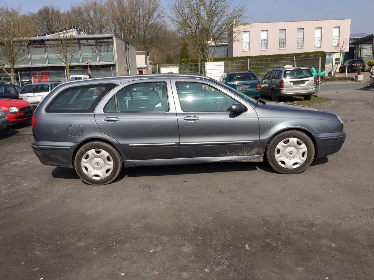 Фото - Lancia Lybra (Лянча Либра) Стекло глухое в кузов 1999—2005 год .