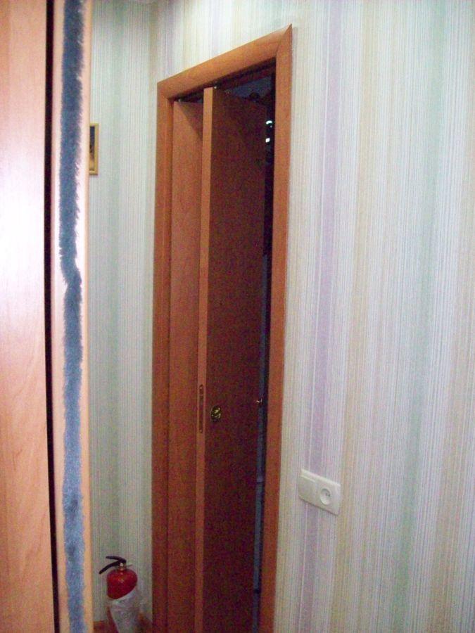 Фото 3 - двери с форточкой, двери с интарсией ( инкрустация деревом по дереву)
