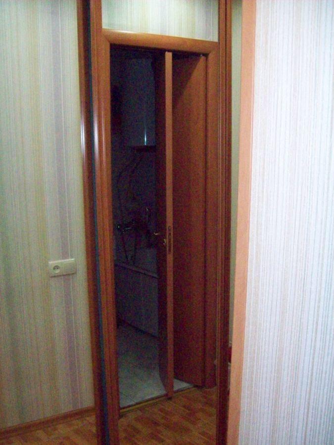 Фото 4 - двери с форточкой, двери с интарсией ( инкрустация деревом по дереву)