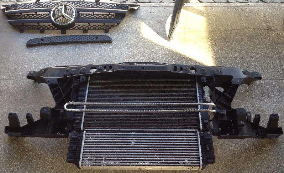 Фото - Радиатор охлаждения (основной) Mercedes Sprinter 2.2CDI W 906 OM646