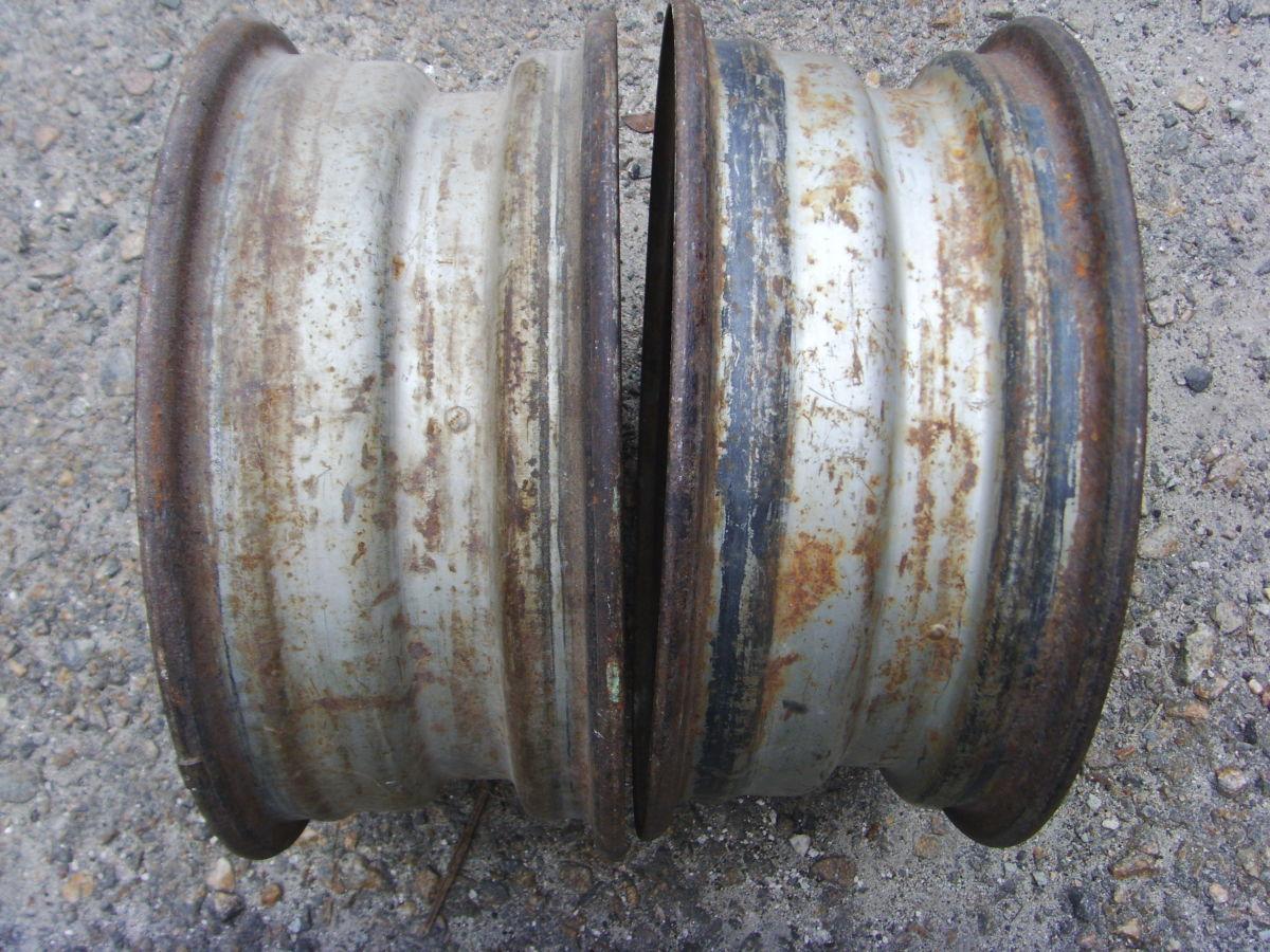 Фото 2 - На BMW 5 (E12, E28) колёсные диски оригинальные 14х5,5 дюйм.