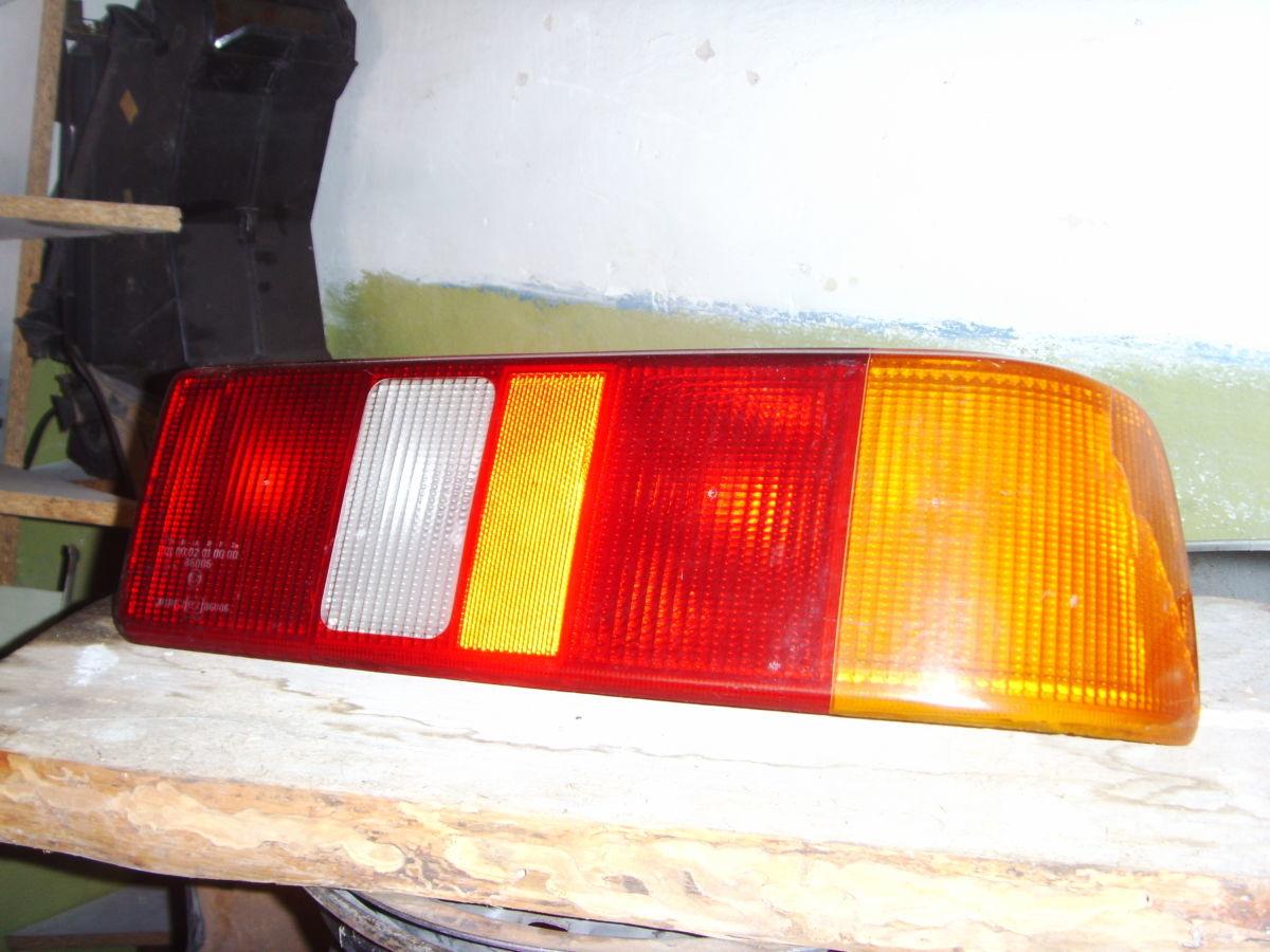 Фото - На Ford Sierra с 87 г.в. седан , хетчбек задние фонари оригинальные.