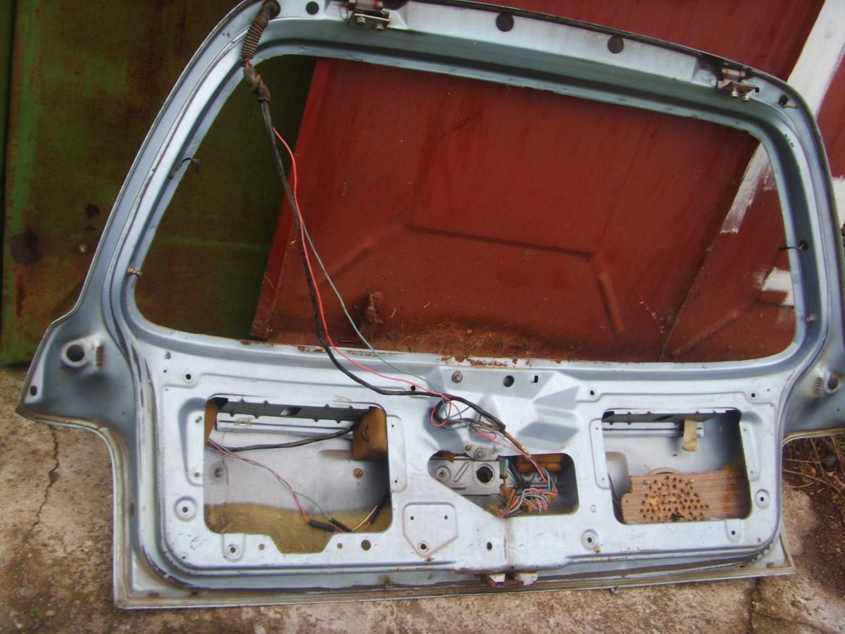 Фото 3 - На Ford Sierra унивесал задняя ляда голая..