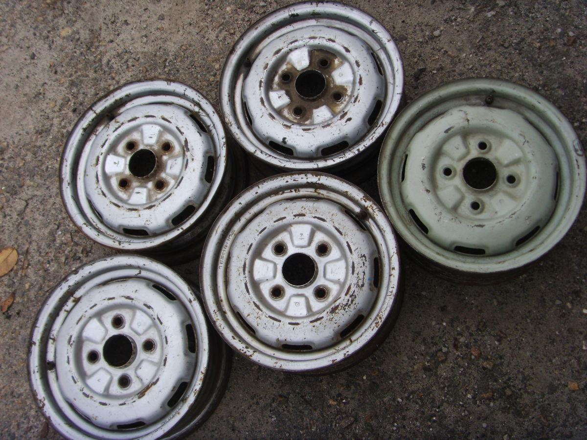 Фото - На MAZDA 323, 626 до 91 г.в. колёсные диски R13 x 5*.