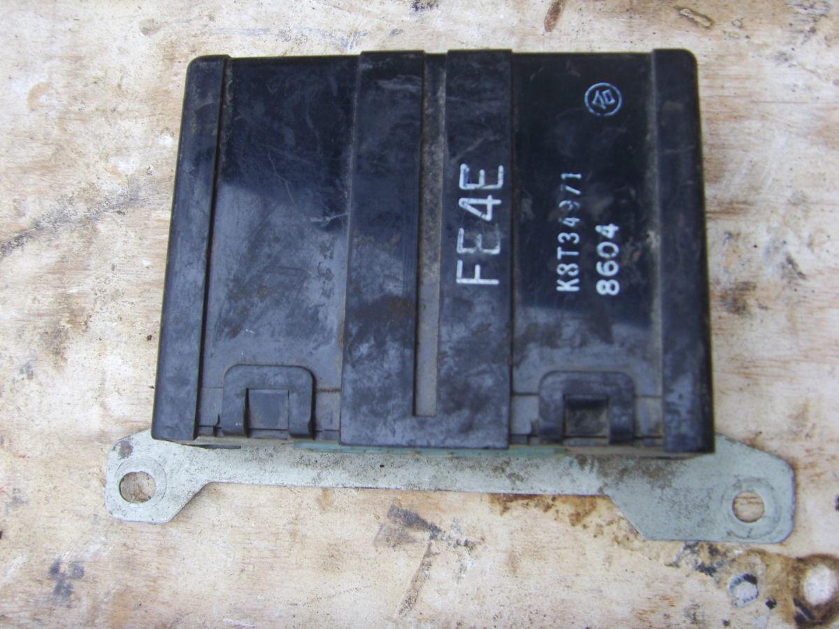 Фото - На Mazda 626 89 г.в. 2,0 карб. реле(блок управления).