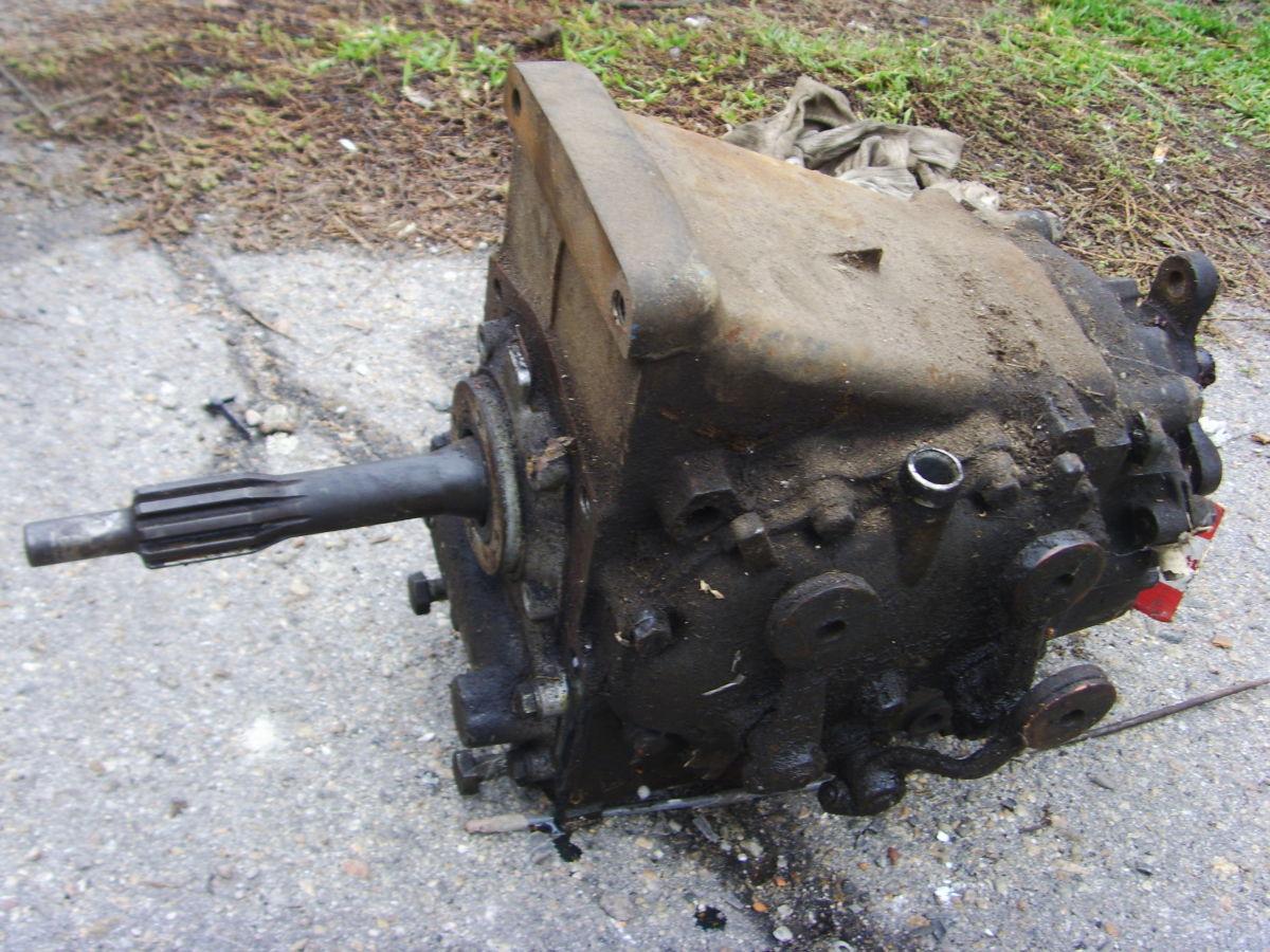 Фото 2 - На MERCEDES 123  2,0 бенз. КПП4 без кожуха сцепления (колокола).