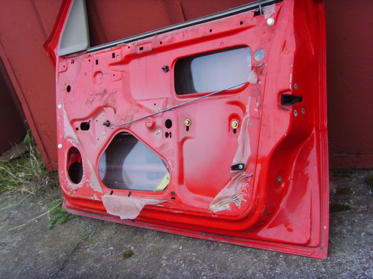 Фото 6 - На OPEL VECTRA A двери кузова красные. 600 грн.