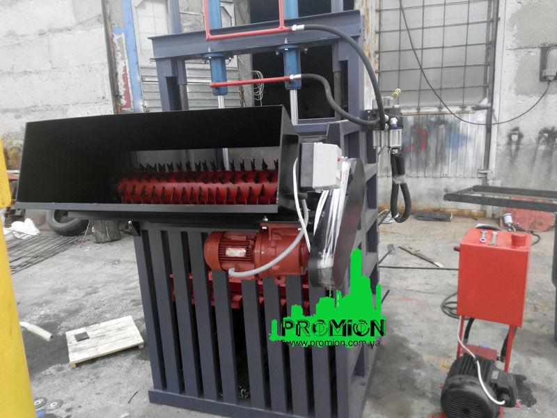 Фото - Пресс для  ПЭТ бутылки на 16 тонн с Дыроколом