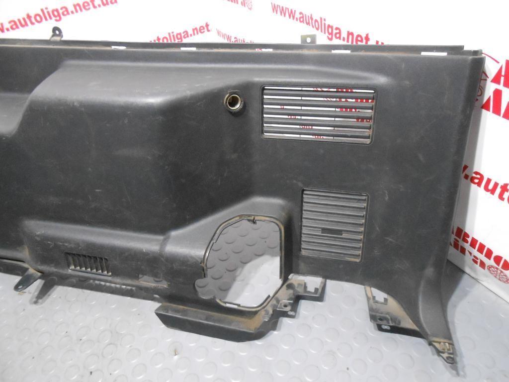Фото 3 - Обшивка багажника правая (MR606762) MITSUBISHI Pajero III 00-06