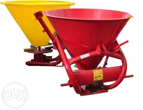 Фото - Разбрасыватель минеральных удобрений 500, 1000 кг Jar-Met Польша