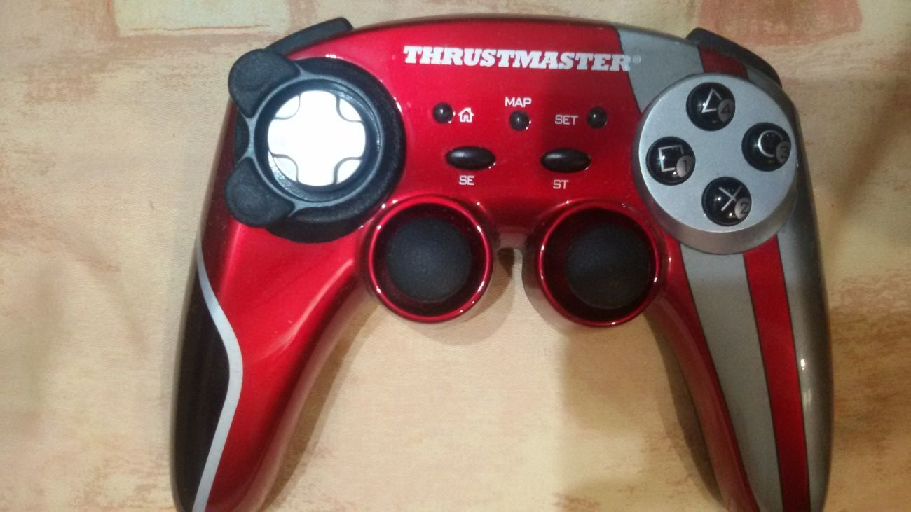Фото - Продам Геймпад Thrustmaster Ferrari 430