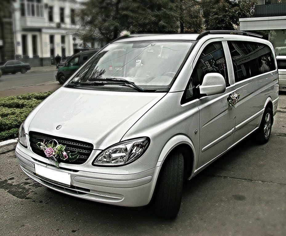 Фото 8 - Аренда прокат авто с водителем Киев