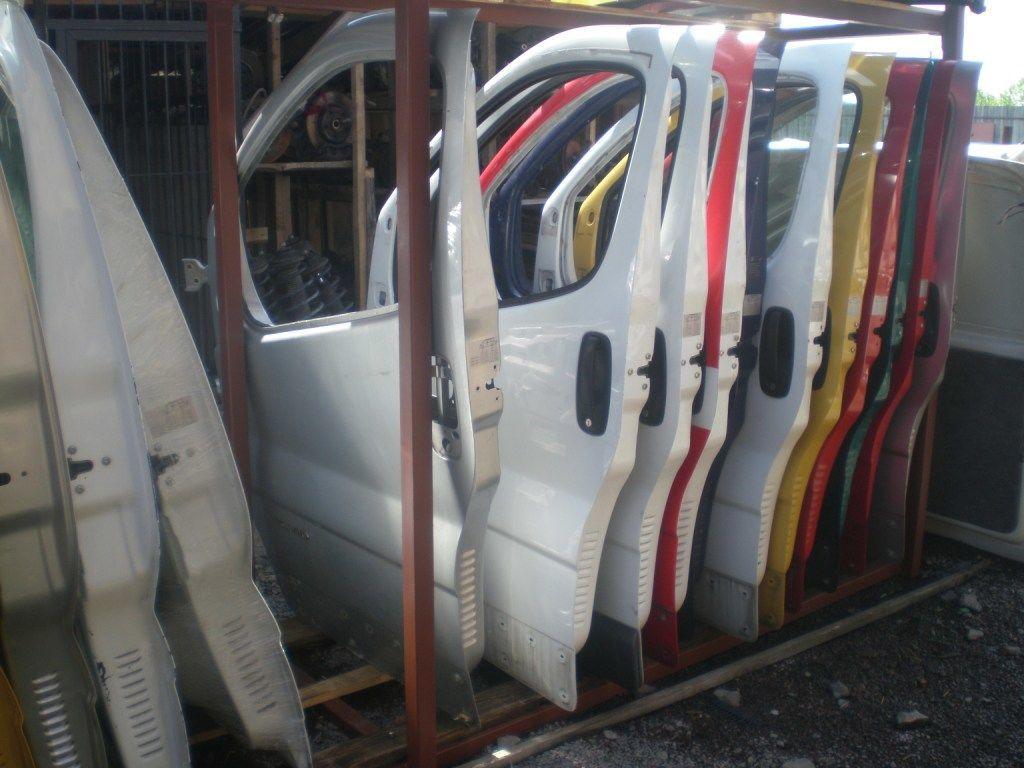 Фото - Дверь передняя Opel Vivaro 2001-2013