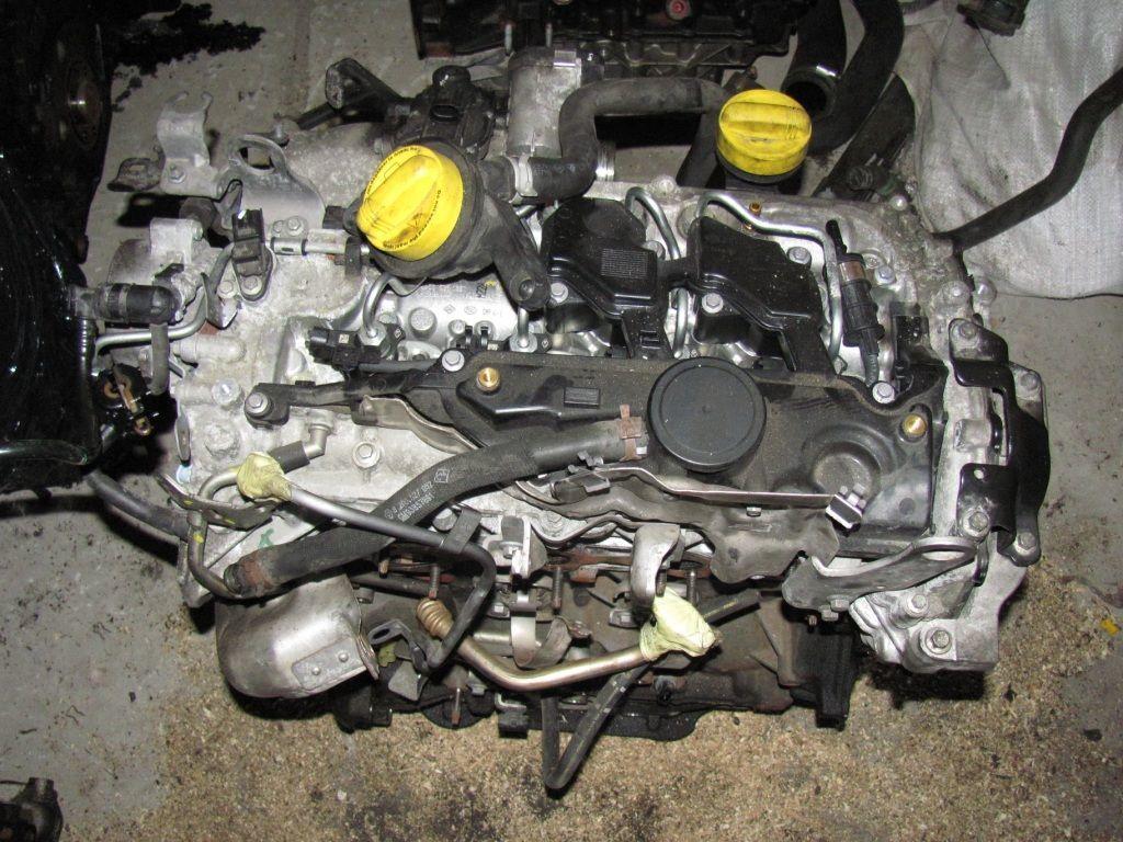 Фото - Двигатель Opel Vivaro 2.0 dci 2007-2010