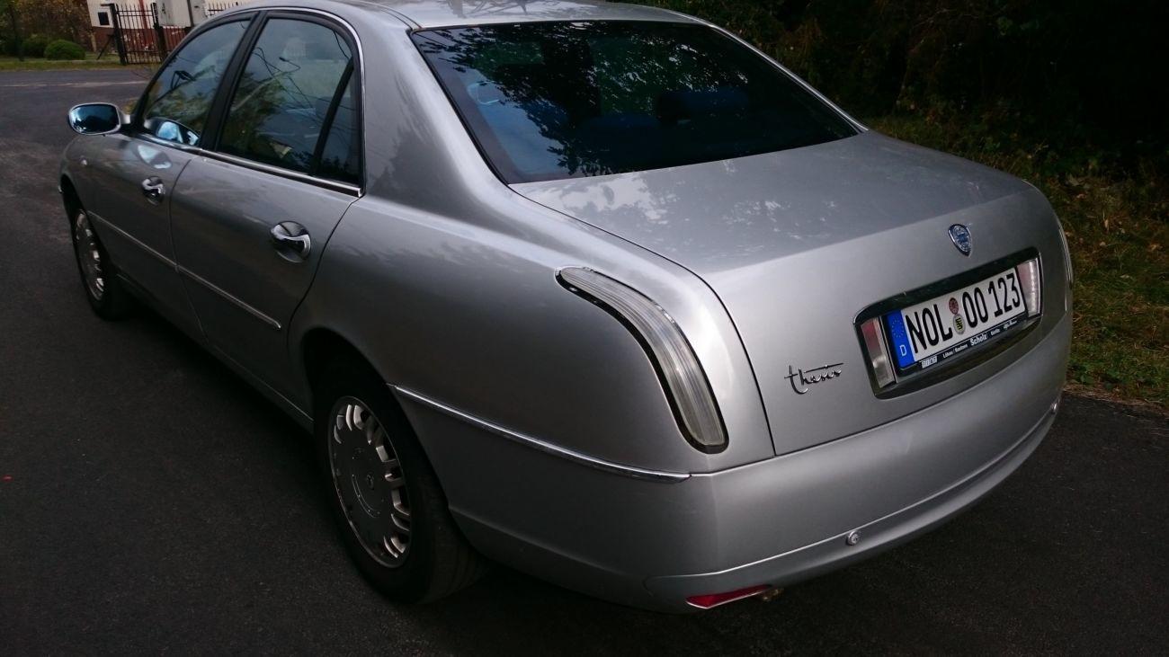 Фото - Lancia Thesis (Лянча Тезис) Задний фонарь в крыло 2002-2009 год .