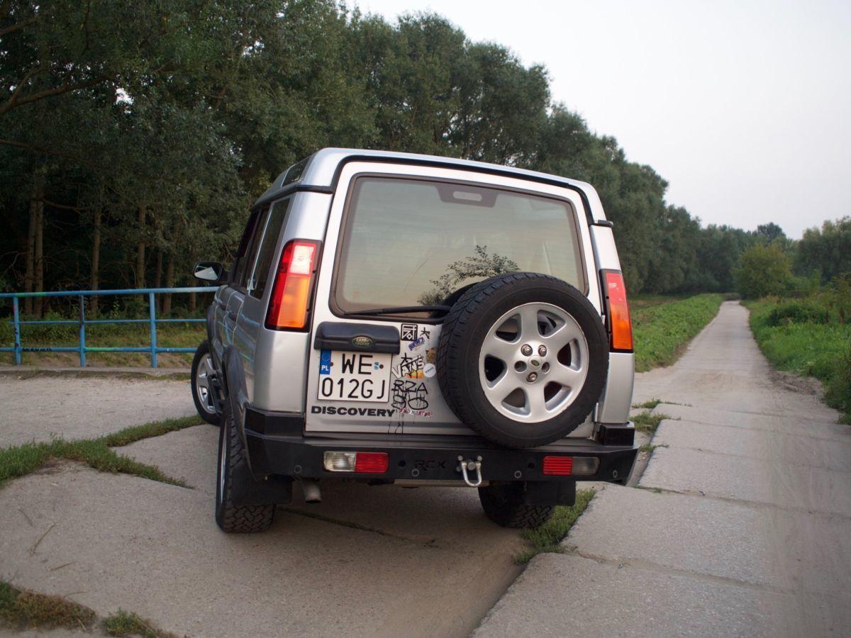 Фото - Lаnd Rover Discovery 2(Ленд Ровер Дискавери) Стекло багажника