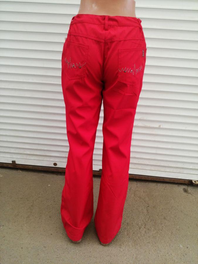 Фото 2 - Женские брюки из плащёвки. Венгрия