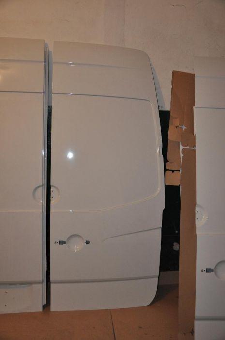 Фото - Задние двери (идеальные) Mercedes Sprinter W906 VW Crafter