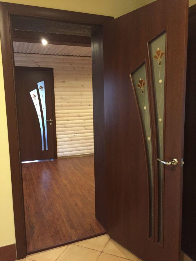Будинок в Сидорах жде нових господарів.