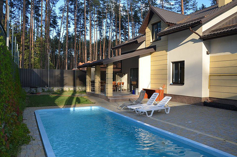 Продается шикарный дом с бассейном, Киевская область, Буча