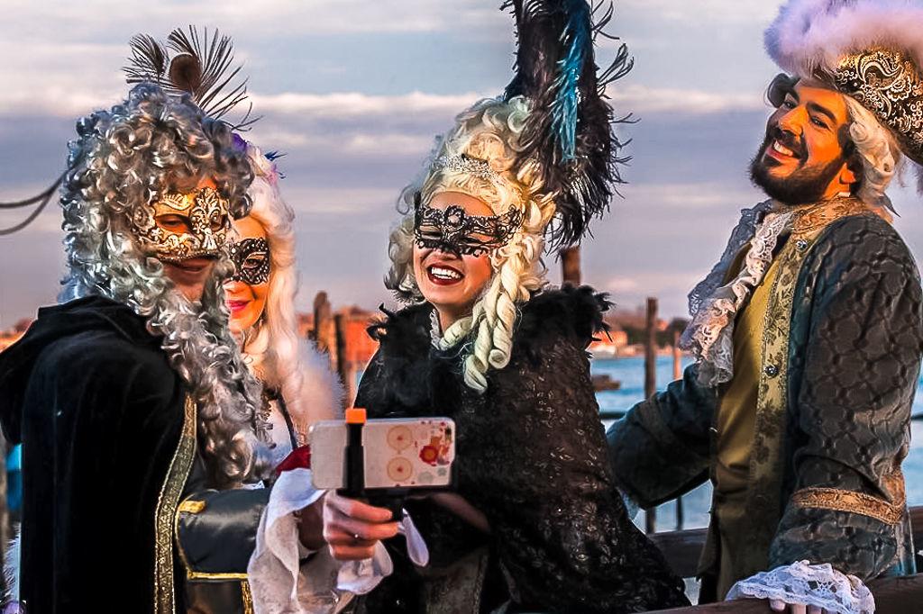 Автобусный тур в Венецию на карнавал