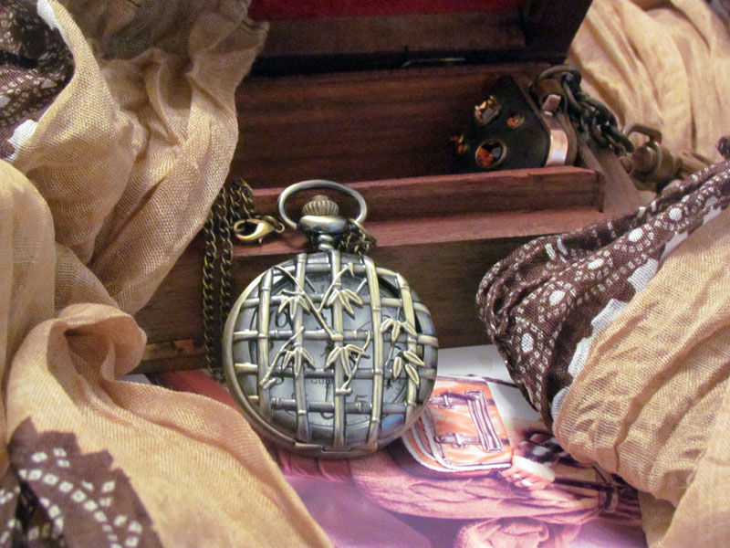 Фото - Годинник кулон підвіска бамбук з кришкою