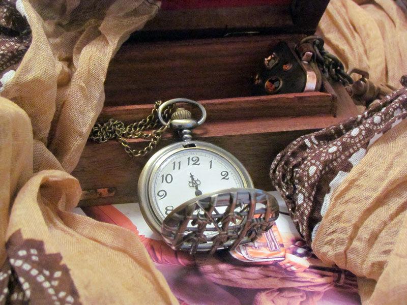Фото 2 - Годинник кулон підвіска бамбук з кришкою