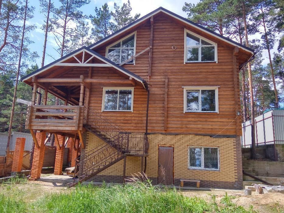 Продается шикарный дом-сруб в лесной части Ирпеня