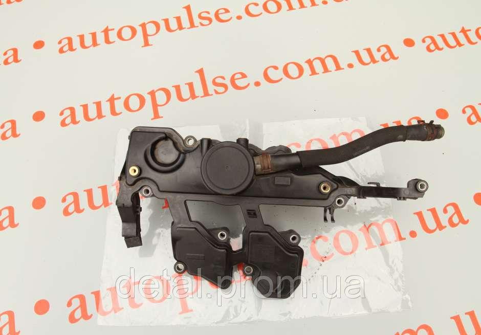 Крышка клапана на Renault Trafic 2.0 dci (Рено Трафик)