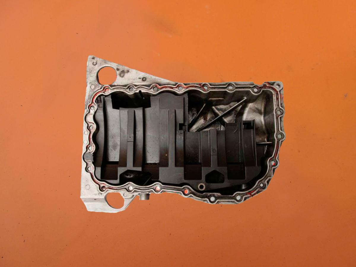 Масляный поддон на Renault Master 1.9 dci (Рено Мастер)