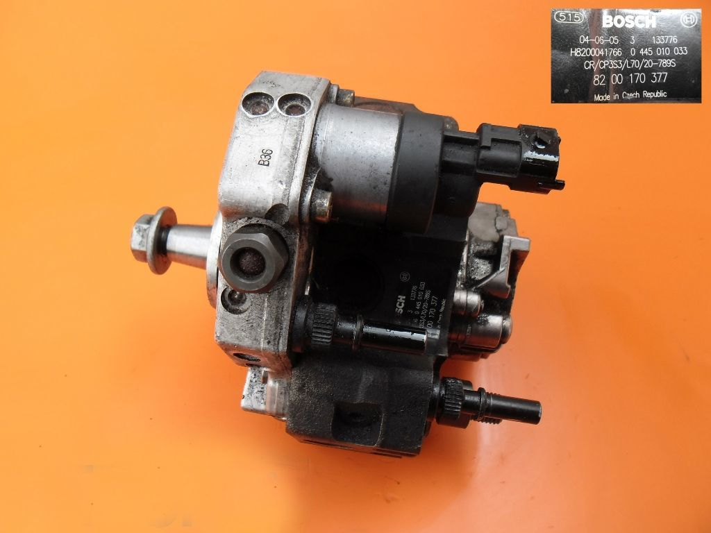 Топливный насос на Renault Master 2.5 dci 0445010033