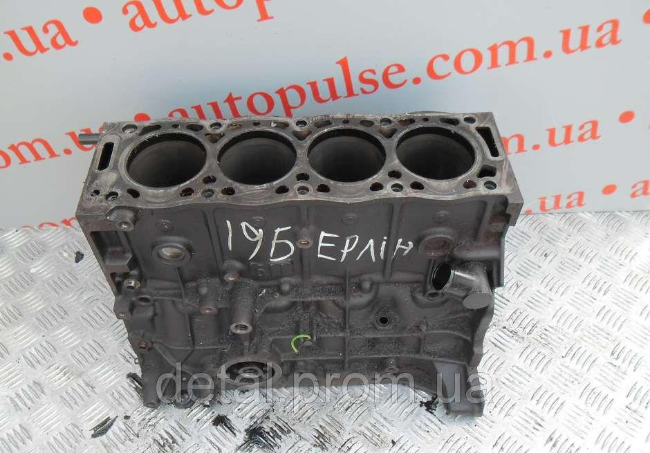 Блок цилиндров на Peugeot Partner 1.9D (Пежо Партнер)