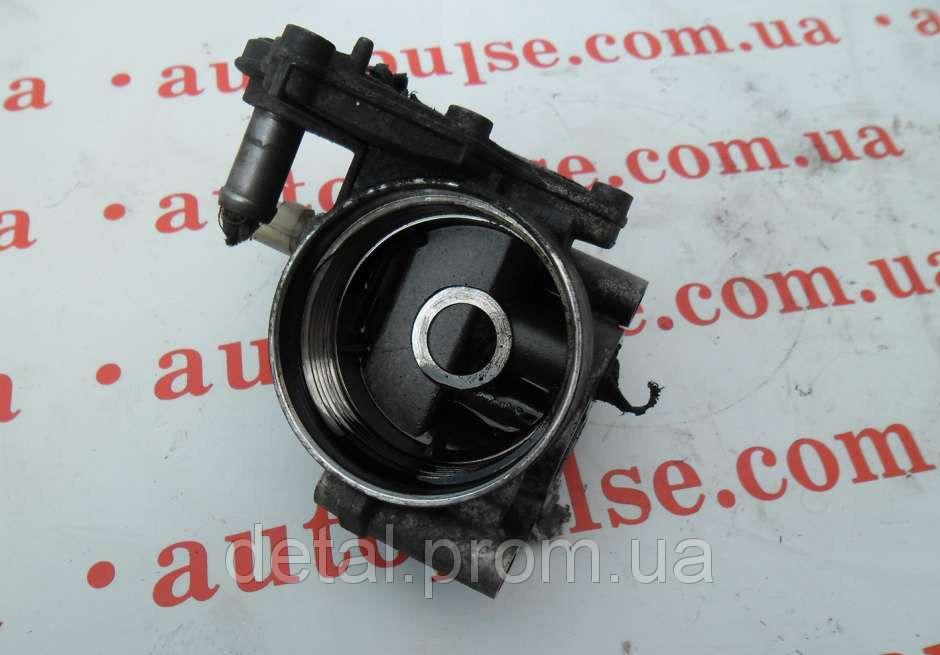 Корпус масляного фильтра на Peugeot Boxer 2.2 hdi 07- (Пежо Боксер)