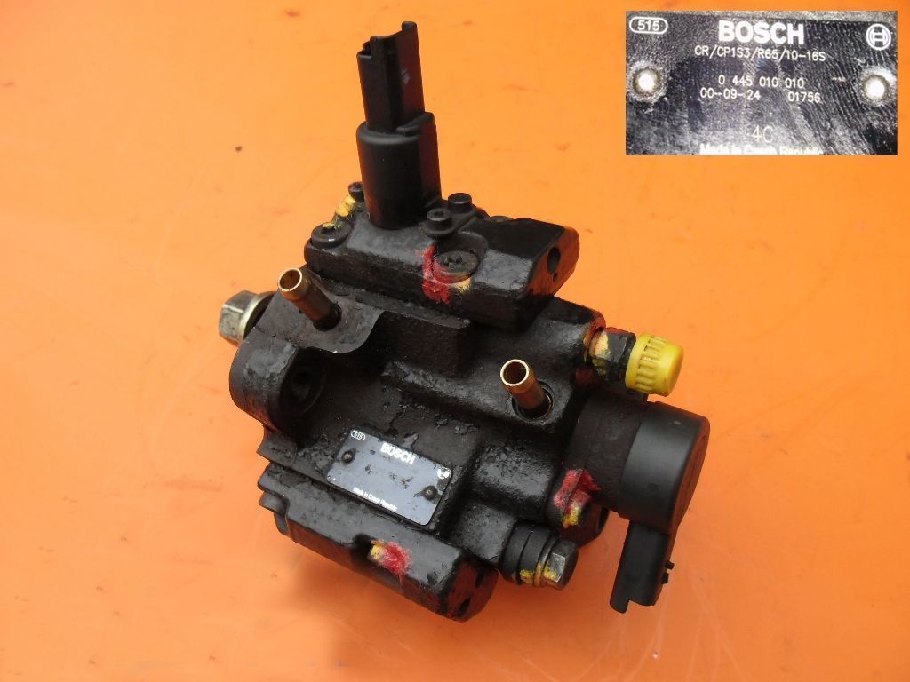 Топливный насос на Peugeot Boxer 2.2 hdi 0445010010