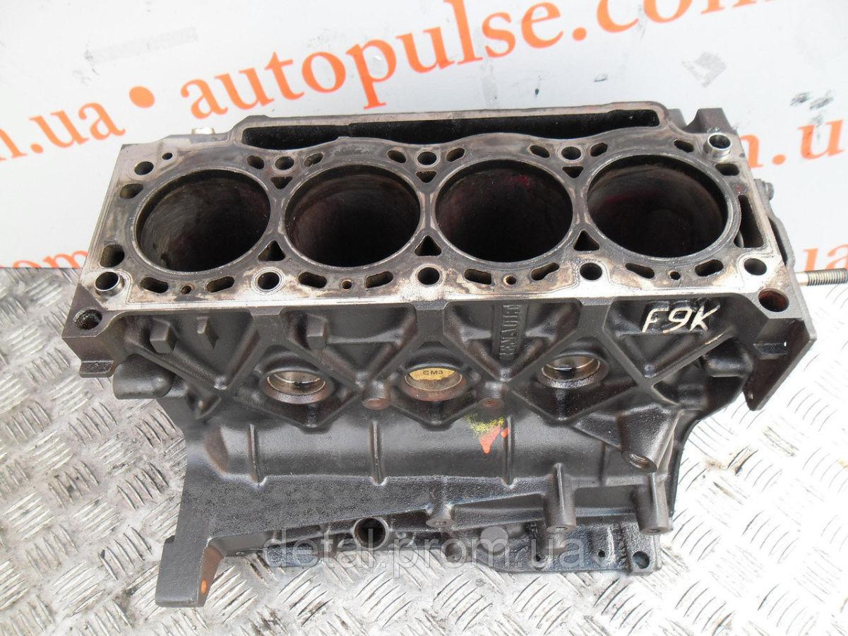 Блок цилиндров на Opel Movano 1.9 cdti (Опель Мовано)