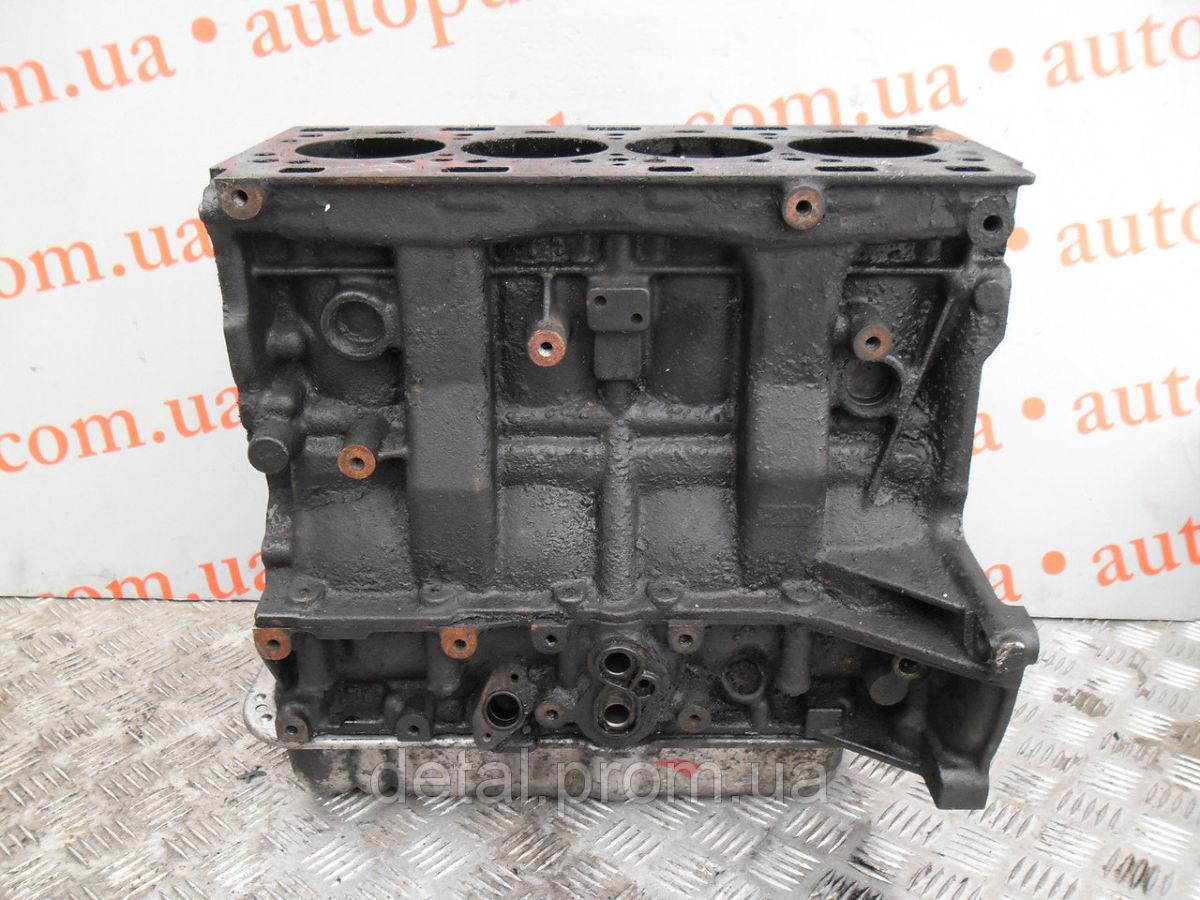Блок цилиндров на Opel Movano 2.5 cdti (Опель Мовано) без шестерень