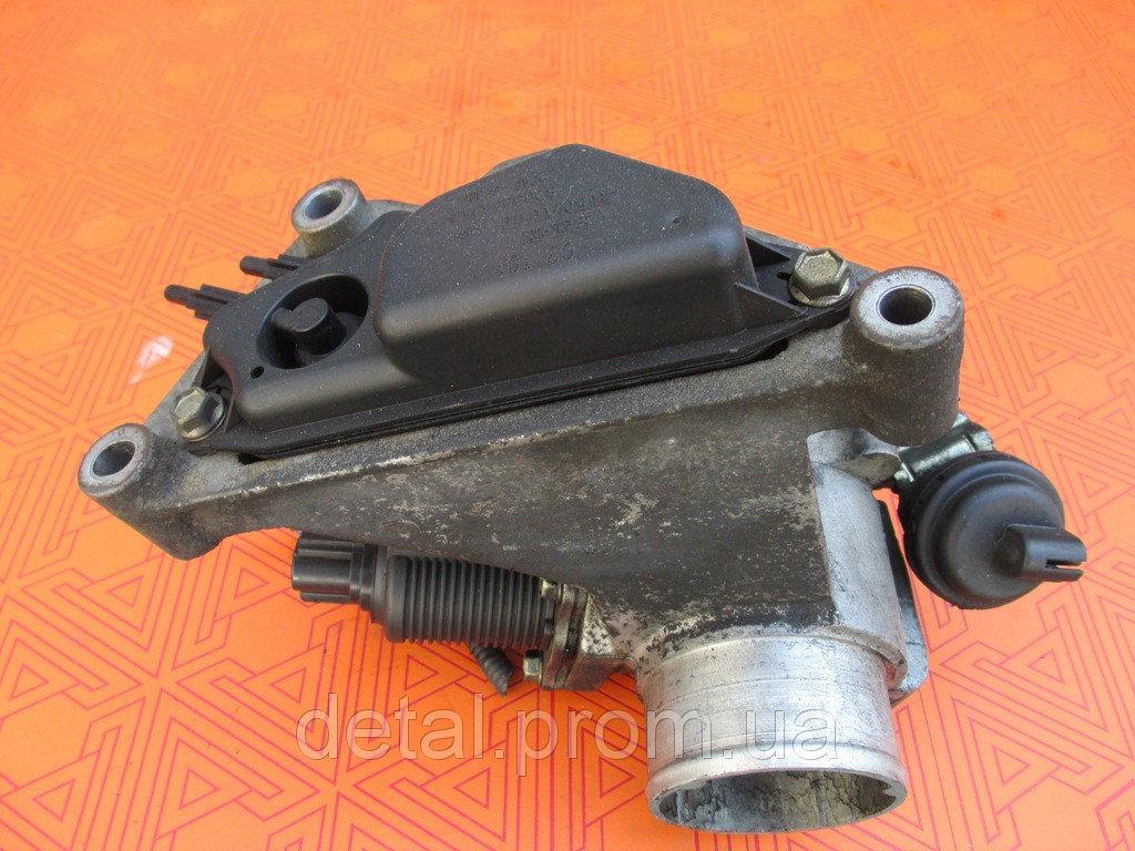 Клапан EGR на Opel Vivaro 2.5 cdti 07- Опель Виваро