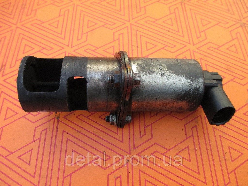 Клапан EGR на Opel Vivaro 1.9 cdti (Опель Виваро)