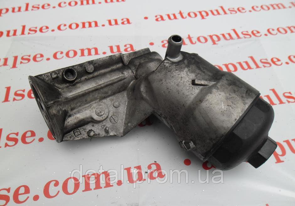 Корпус масляного фильтра на Opel Combo 1.7 DTI (Опель Комбо)
