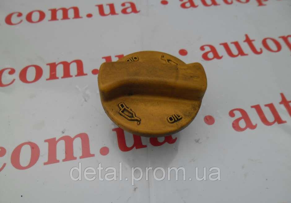 Крышка горловины на Opel Combo 1.3 CDTI (Опель Комбо), б/у