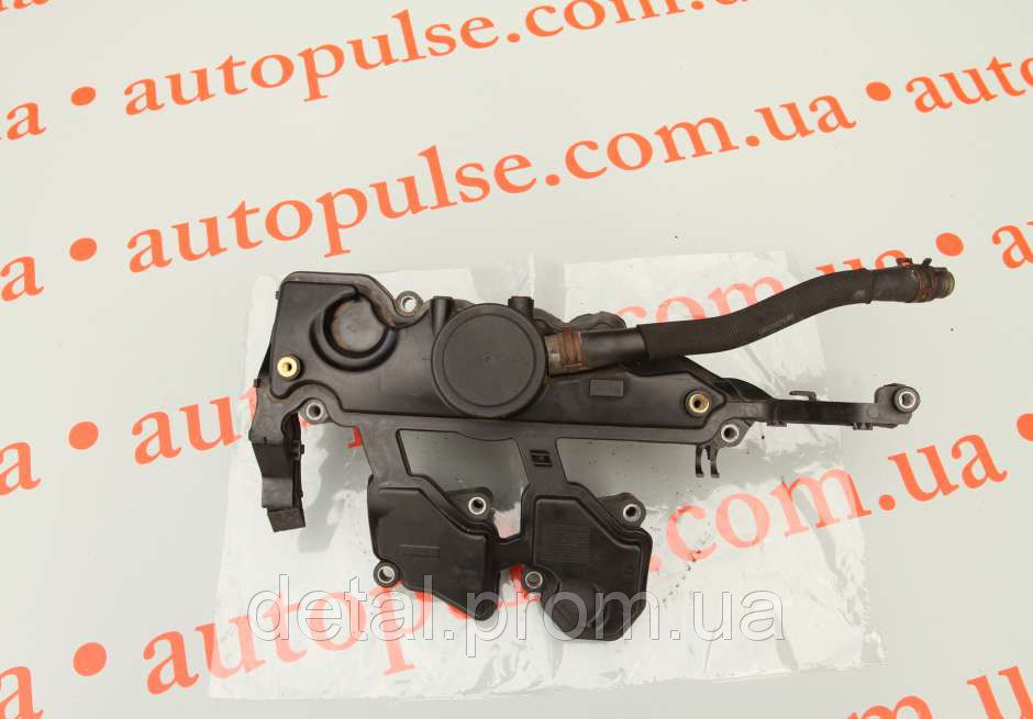 Крышка клапана на Opel Vivaro 2.0 cdti (Опель Виваро)