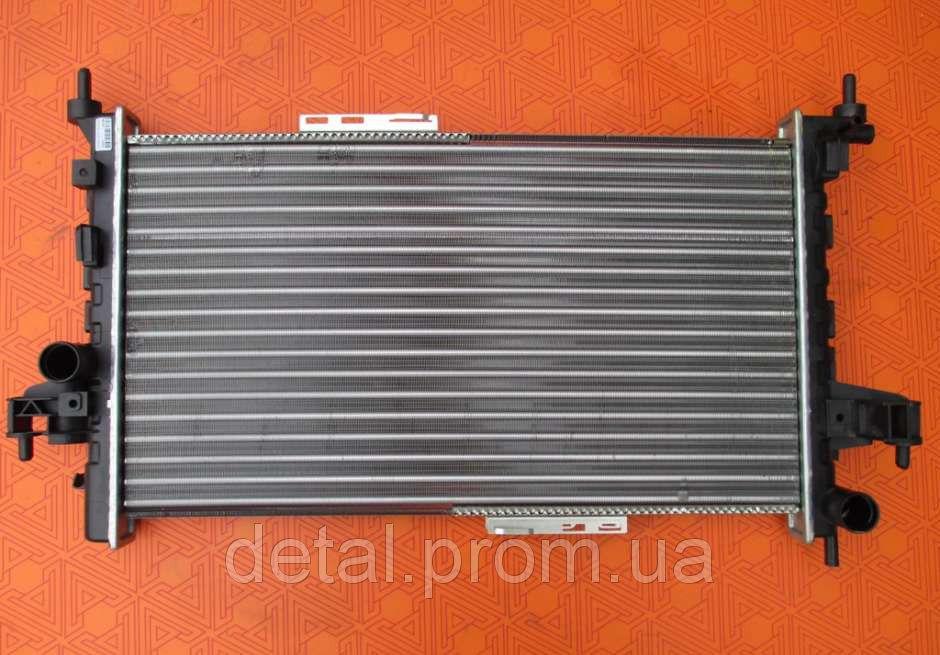 Радиатор на Opel Combo 1.7 CDTI (Опель Комбо)