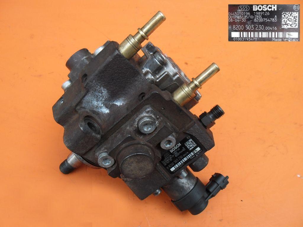 Топливный насос на Opel Movano 2.5 cdti 07- 0445010196