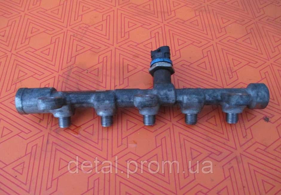 Топливная рейка на Nissan Interstar 2.3 dci 0445214258