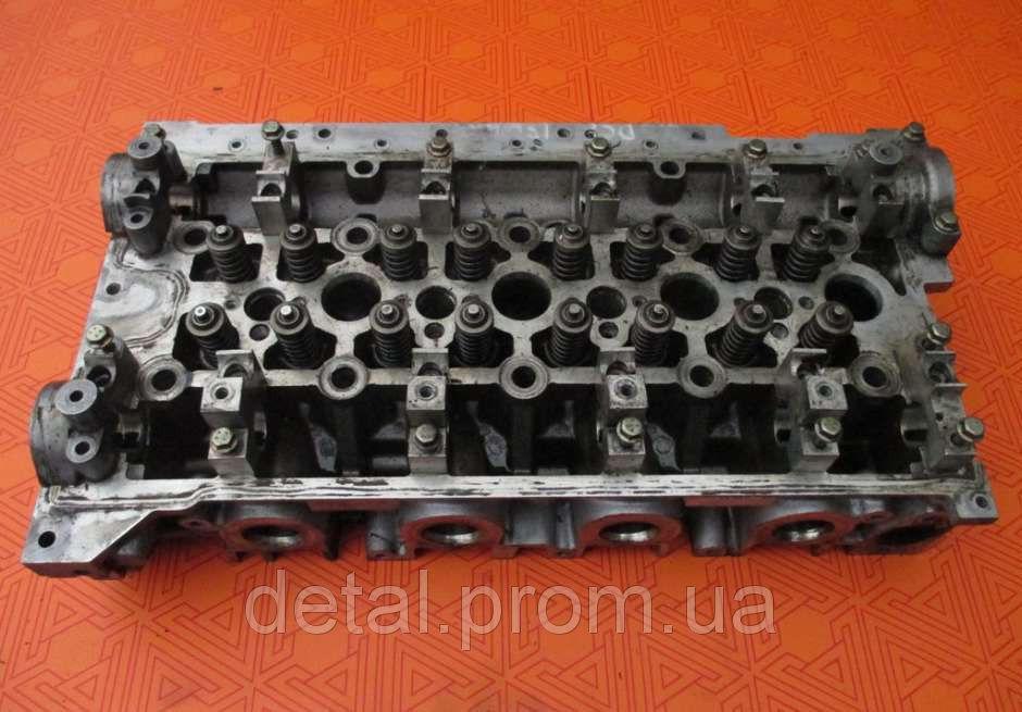 Головка блока цилиндров на Nissan Interstar 2.5 dci (голая)