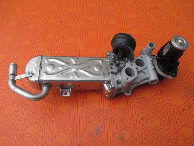 Клапан EGR на Volkswagen Caddy 1.6 tdi Фольксваген Кадди (реставрация)