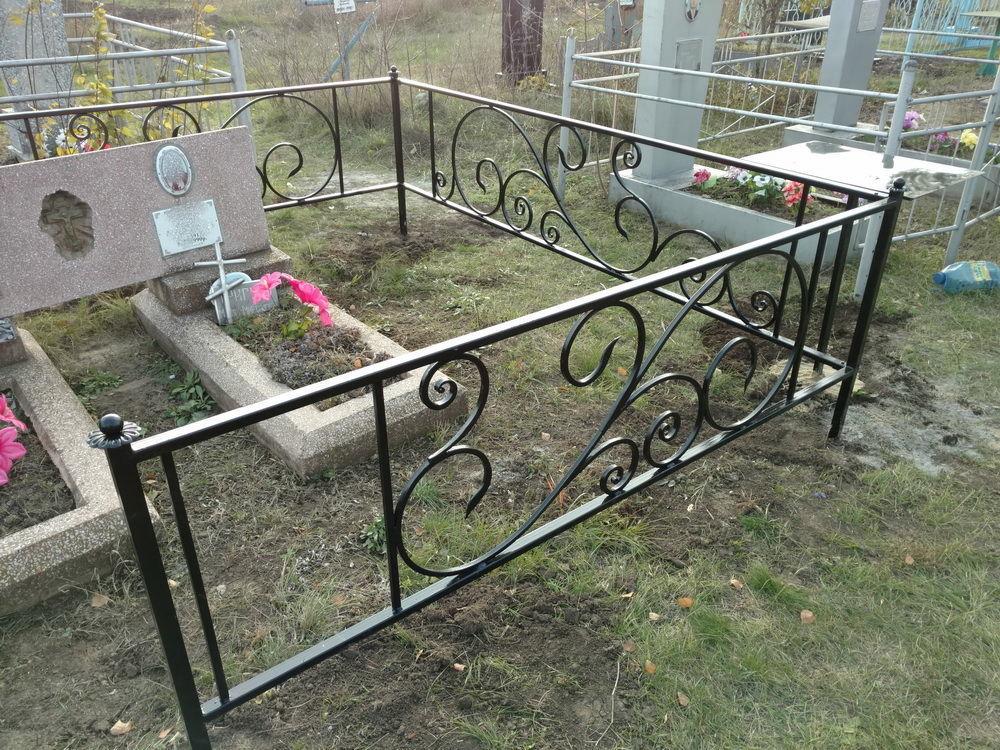 Фото 4 - Оградки кованные, ритуальные на могилу.