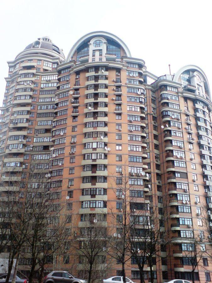 Продажа 4-комнатная квартира Старонаводницкая, 13. ЖК Волна