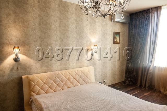 Продам 2 комнатную квартиру Литературная